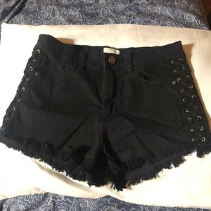 Black jean shorts with cute design on sides